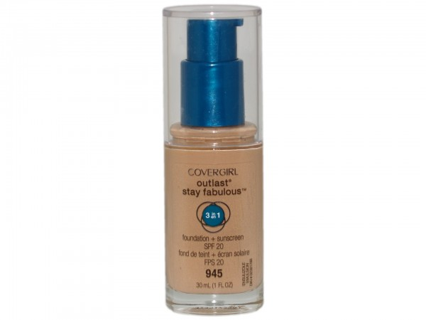 Covergirl Outlast Stay Fabulous 3-in-1 Foundation 945 Warm Beige(4015600975043)